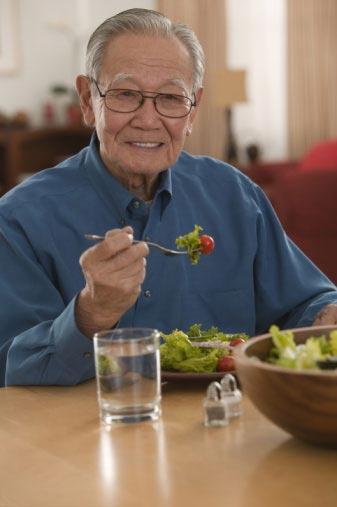 Những lưu ý trong ăn uống với bệnh viêm đại tràng mạn