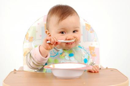 Cho trẻ ăn uống khoa học, nghỉ ngơi hợp lý 1